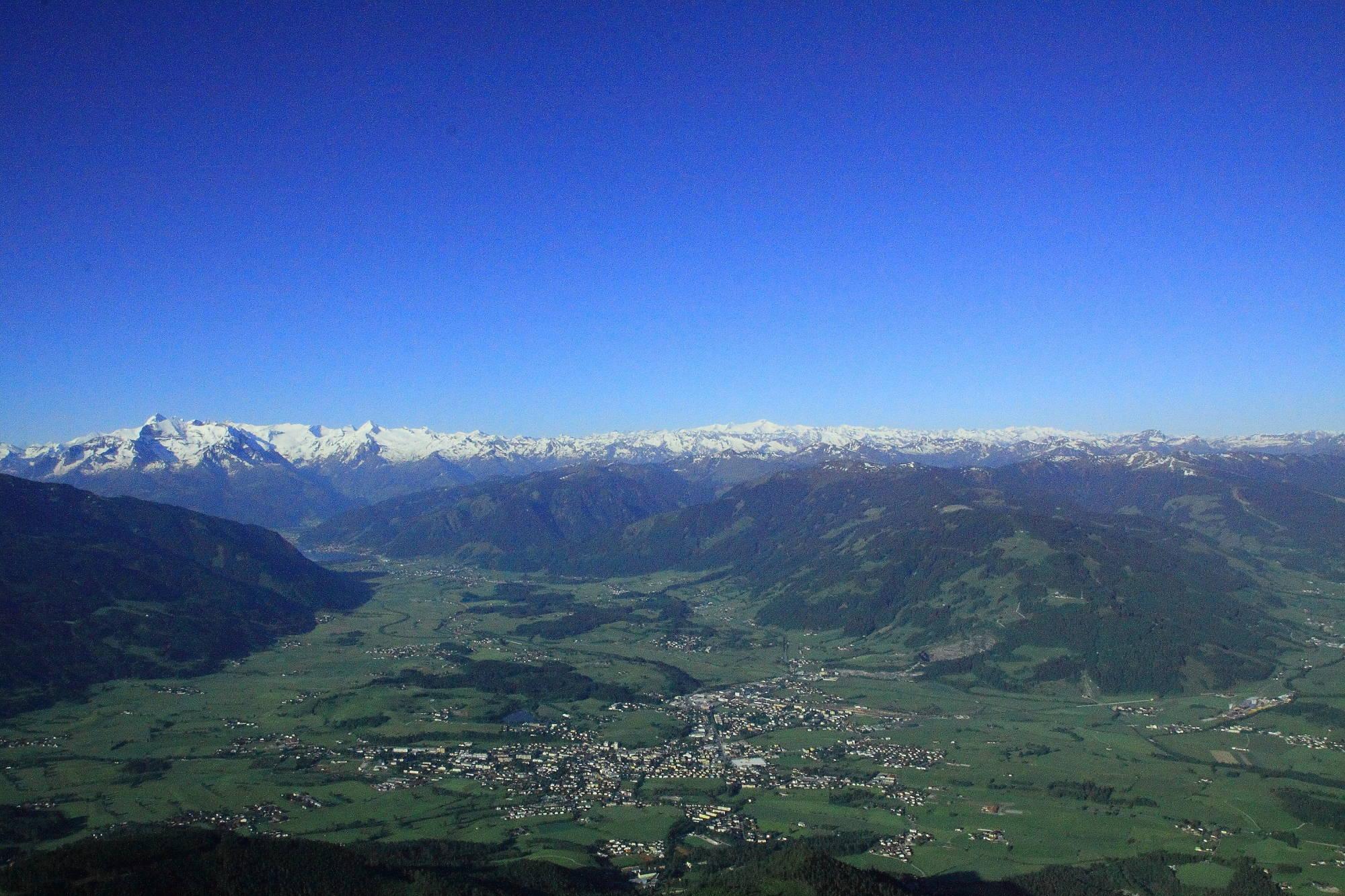 Peter Wiechenthaler Huette Saalfelden Umgebung